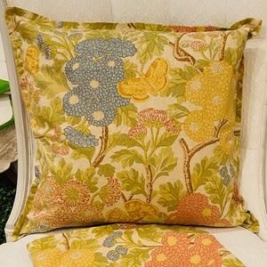 Pottery Barn Floral Accent Pillow Cover